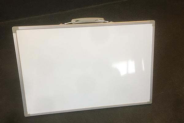 新品の工事用ホワイトボード